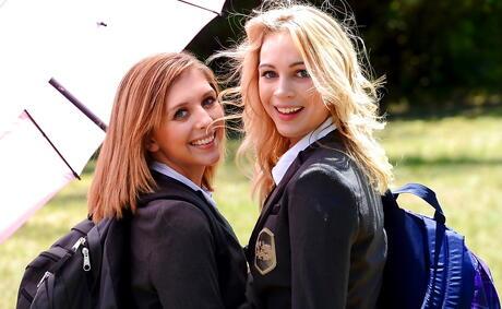 Lesbian Schoolgirl Pics