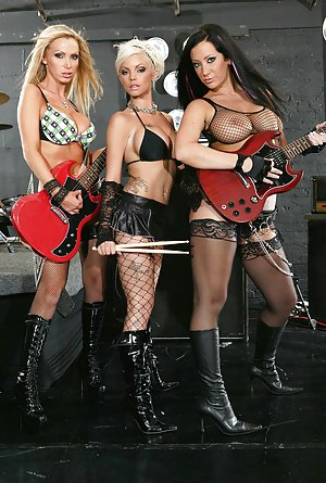 Lesbian Boot Pics