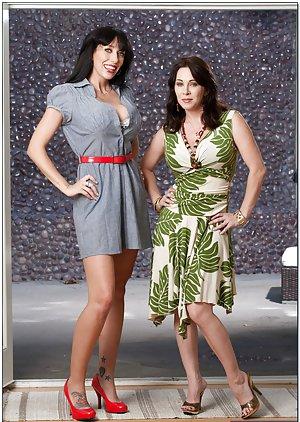 Lesbian Legs Pics